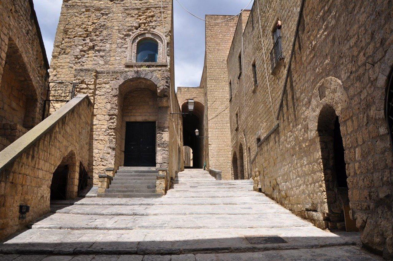 Castel dell'ovo Napoli